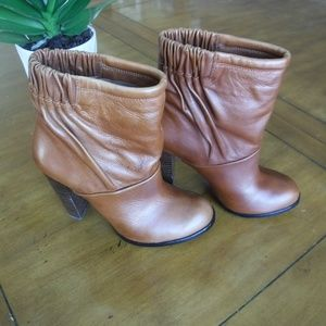 Modern Vintage Eloise Heeled Boots 36 Euro Leather